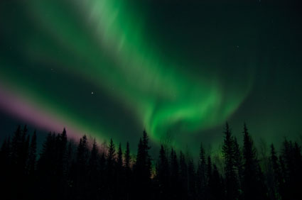 aurora-borealis-over- the-north-pole-alaska